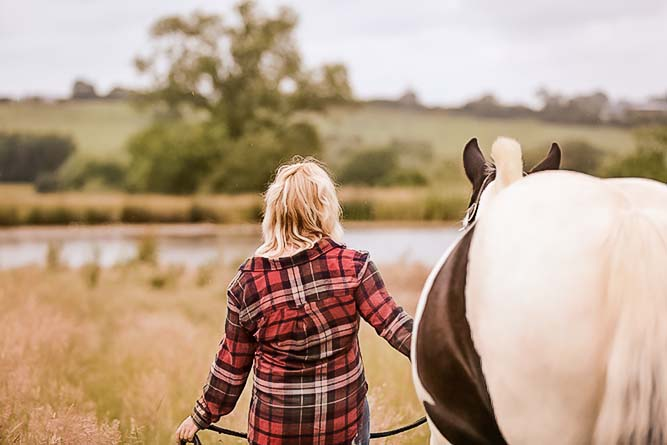 Nicola and Violet – Emma Lowe Horse Photography